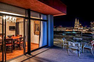 Hotel Fenix Vista terraza Noche ch